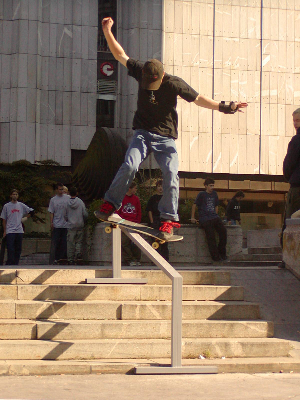 Make Skateboarding Hate Again Hat