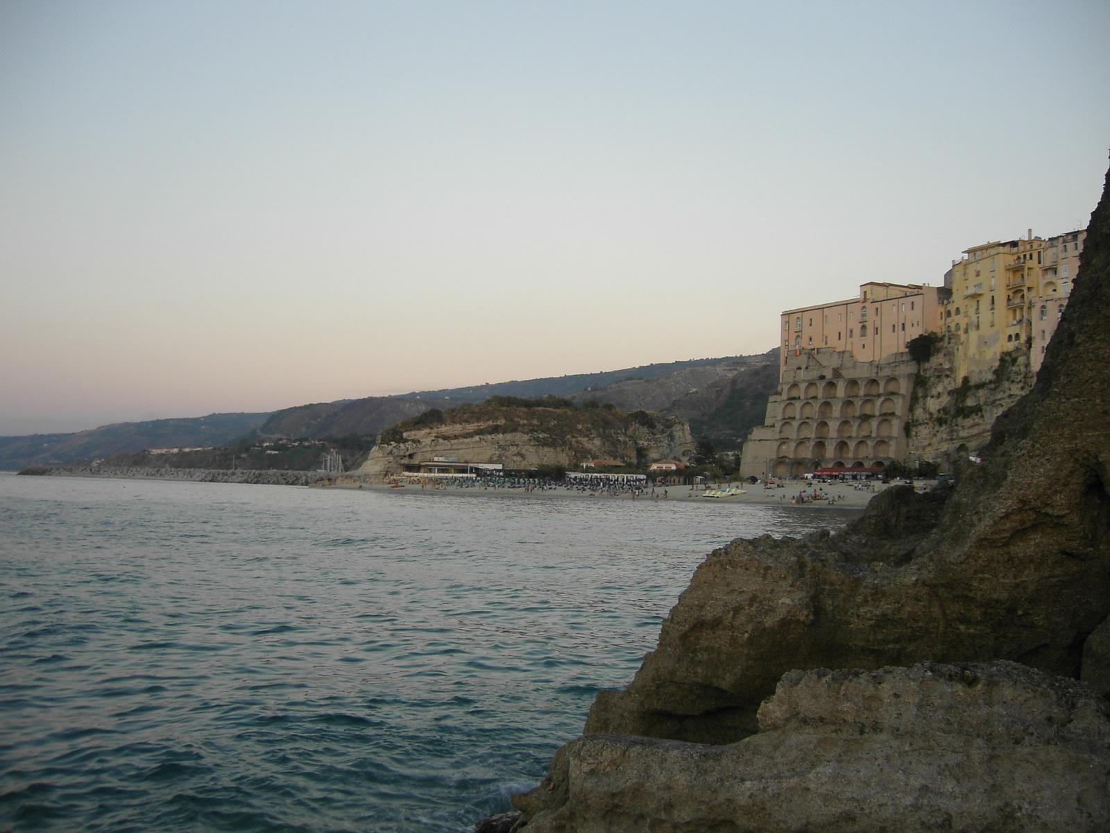 Matrimonio Spiaggia Tropea : Tropea le spiagge più belle della perla calabria