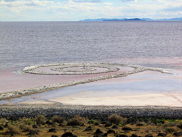 robert smithson essay spiral jetty