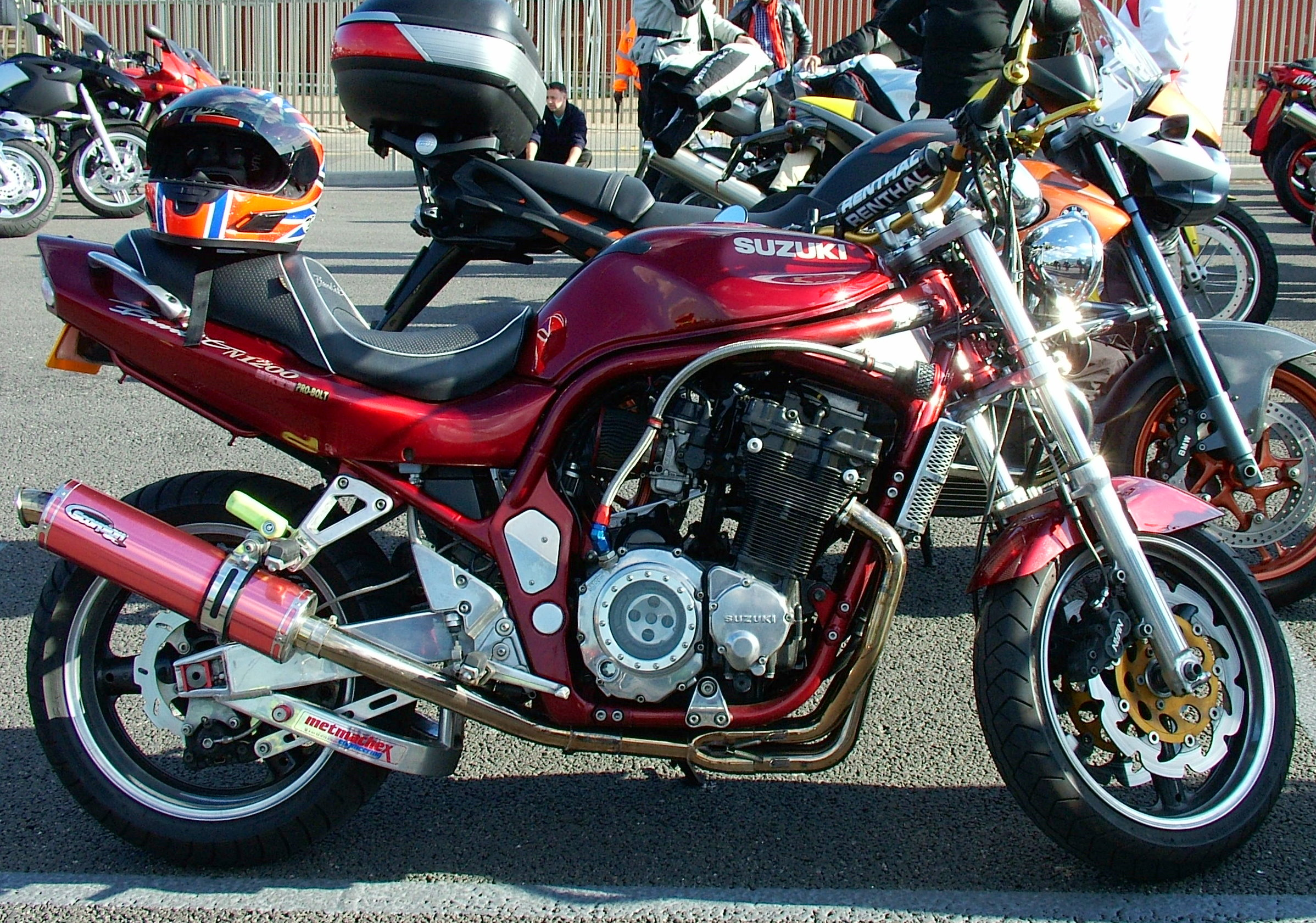 File:Suzuki streetfighter motorcycle.jpg