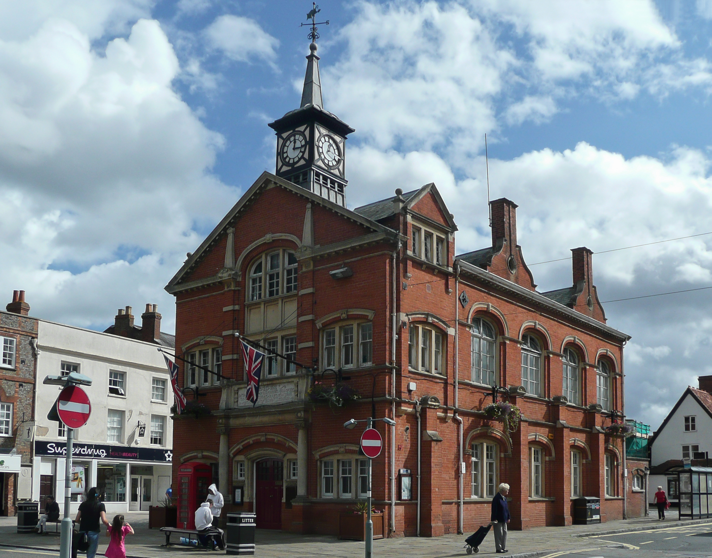 Thame United Kingdom  city photo : Thame Town Hall Wikipedia, the free encyclopedia