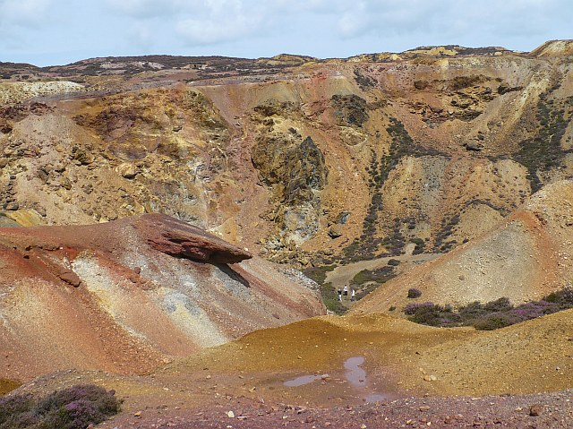 The Great Opencast, Parys Mountain - geograph.org.uk - 924568