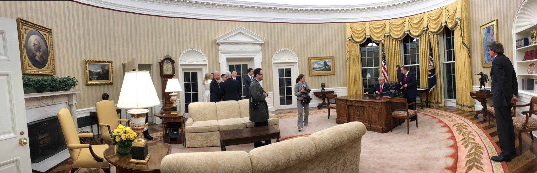 oval office picture. File:Trump Oval Office Panorama.jpg Picture