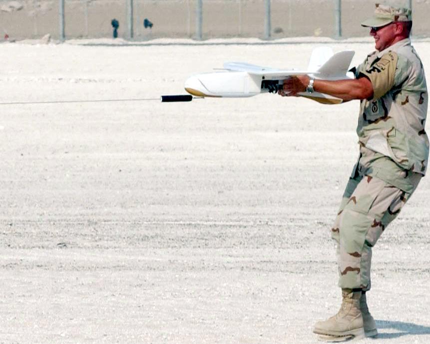 http://upload.wikimedia.org/wikipedia/commons/9/9c/USAF_Desert_Hawk_launch.jpg