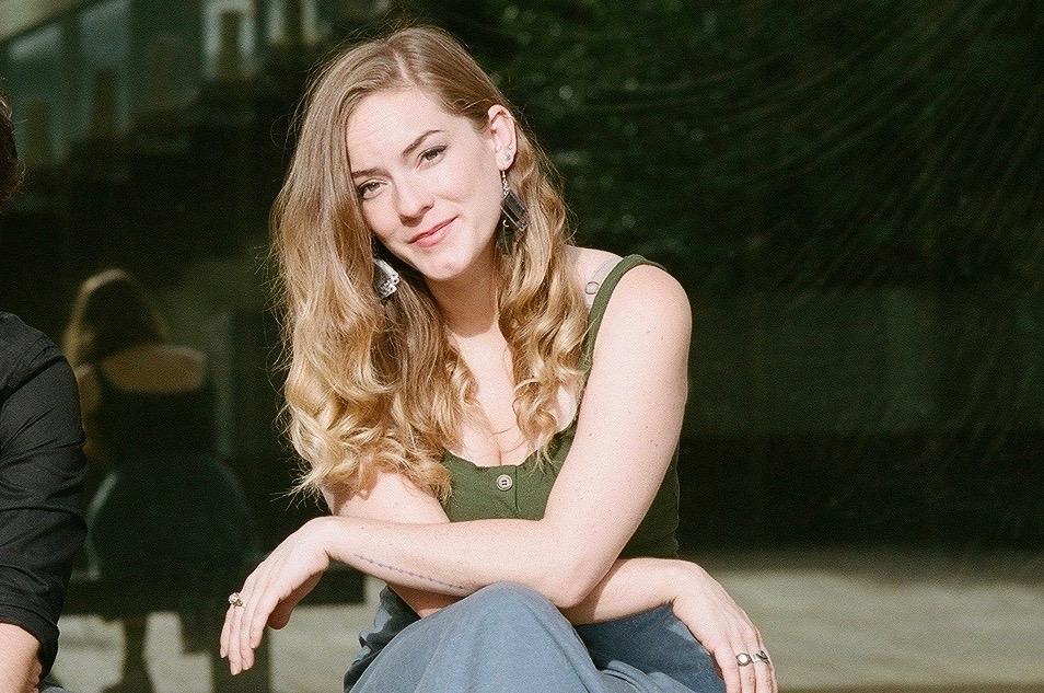 Victoria Hogan - Wikipedia