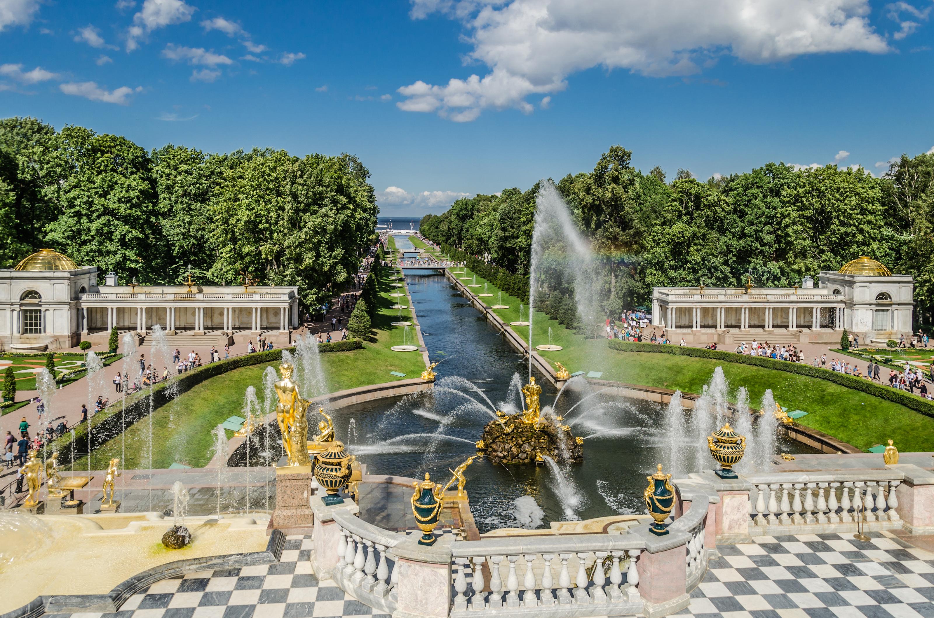 Картинки по запросу Нижний парк фонтанов санкт петербург