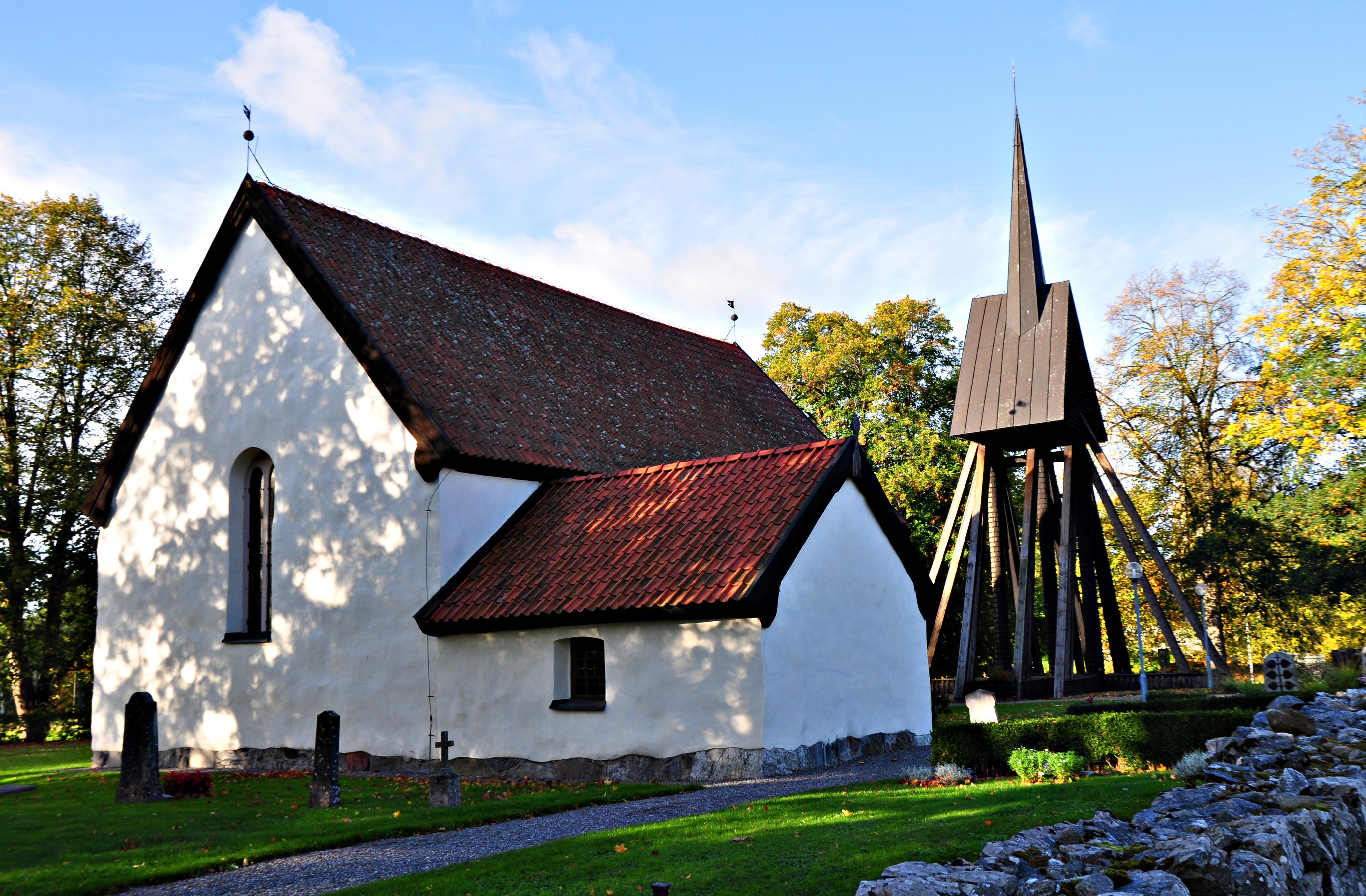 Fil:Vrena kyrka aug satisfaction-survey.net Wikipedia
