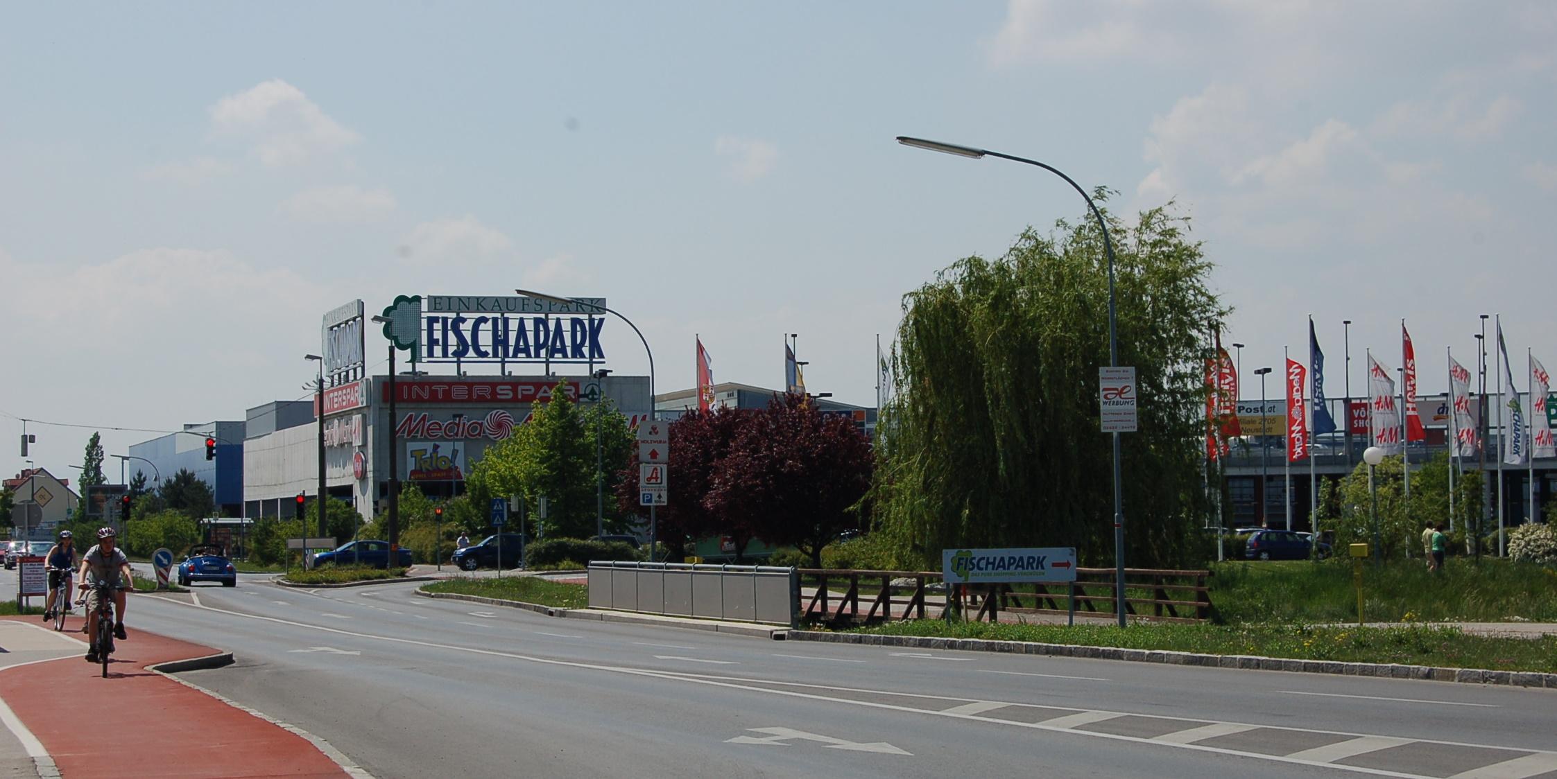 FileWrNeustadt Fischapark1JPG  Wikimedia Commons