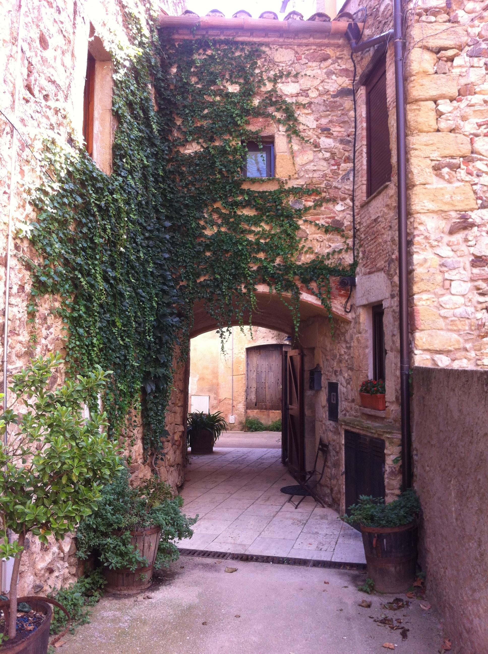 File 17118 Cruïlles Monells I Sant Sadurní De L Heura Girona Spain Panoramio 8 Jpg Wikimedia Commons