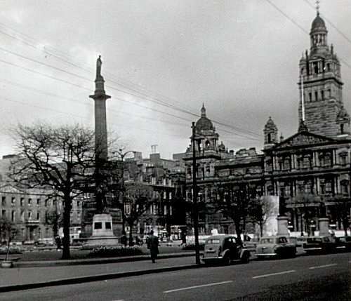 George Square in 1966 1960s Glasgow - geograph.org.uk - 878125.jpg