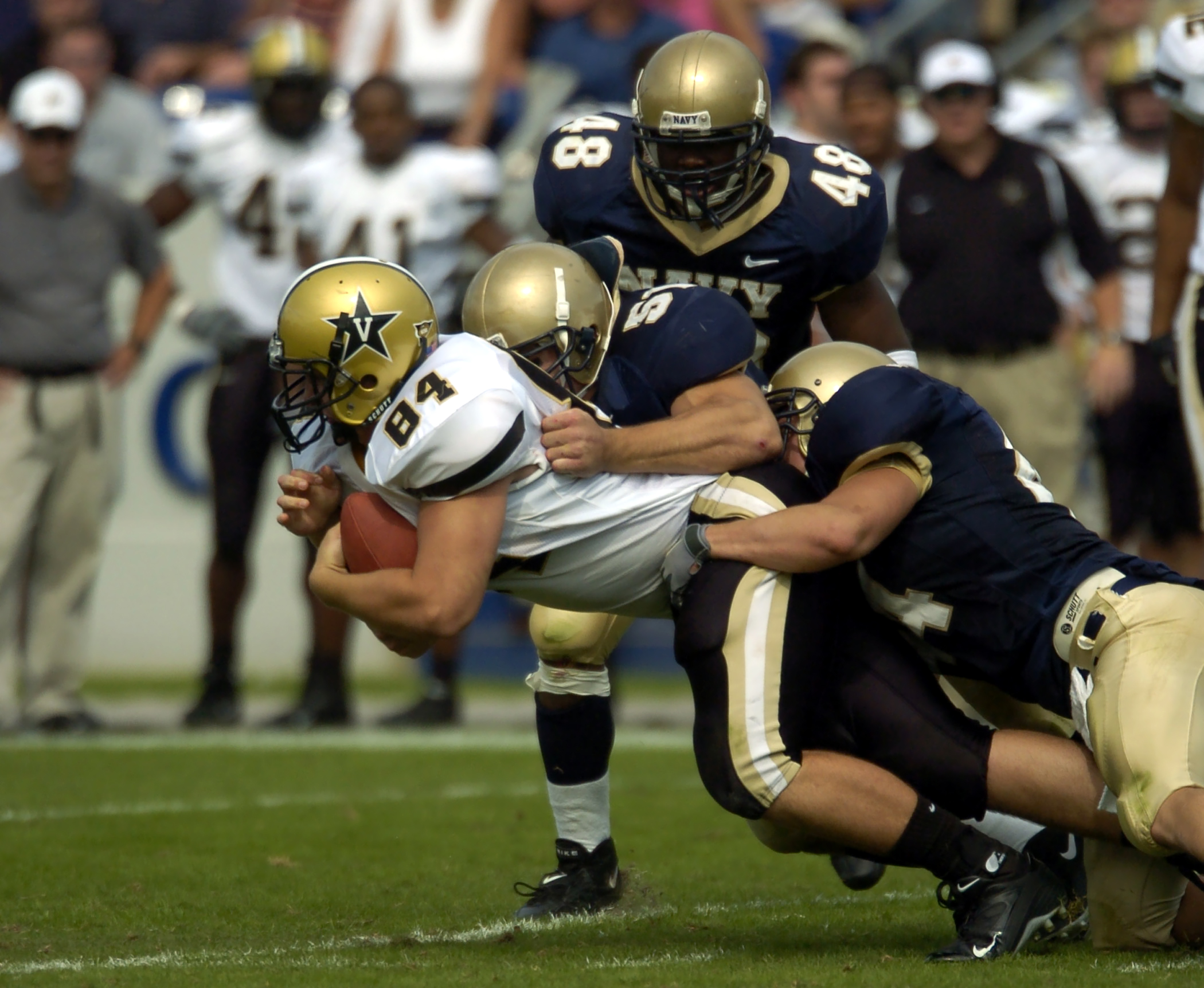 An analysis of the neuropsychological performance in college of football players