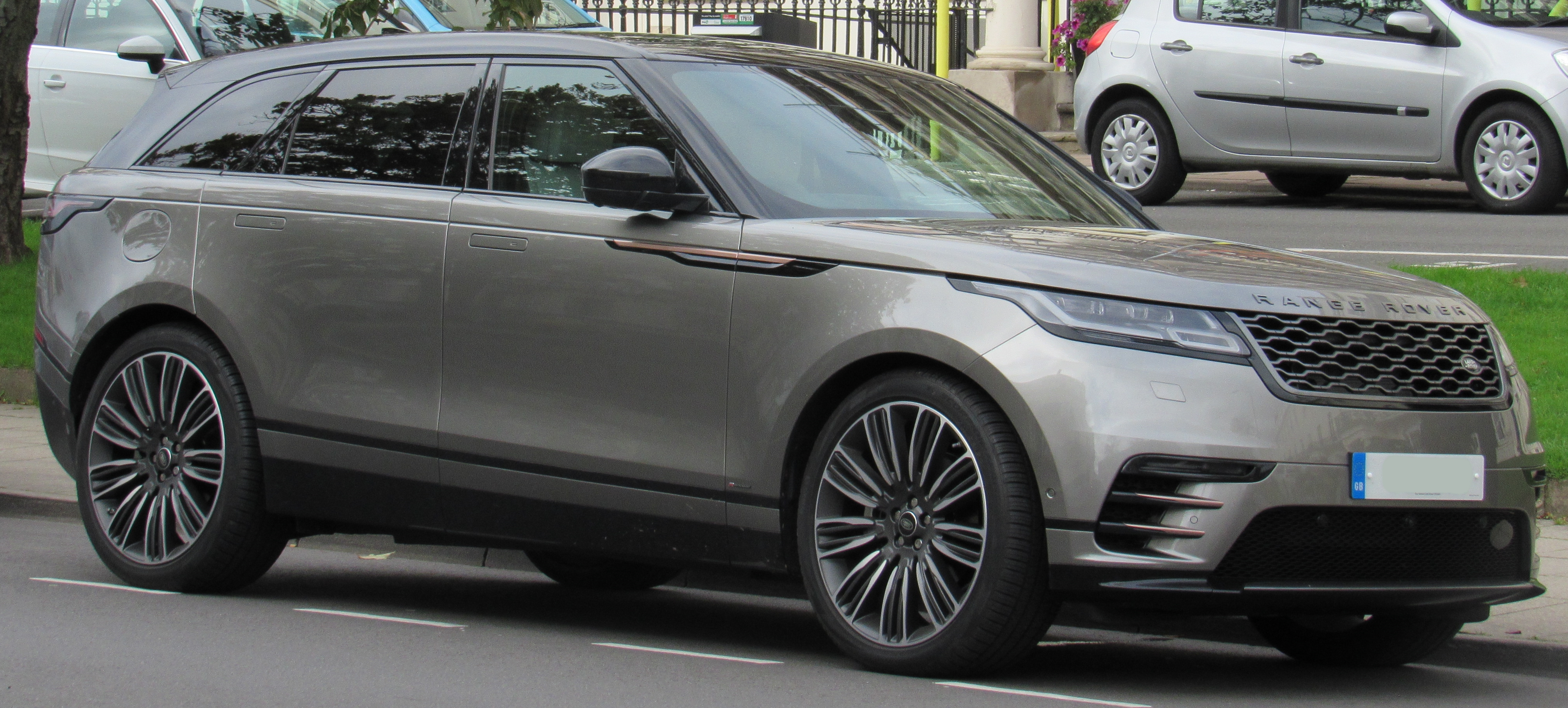 Range Rover Velar Wikipedia In Addition Jaguar S Type Firing Order On Wiring Diagram Xf 2017 Land First Edition D3 30 Front