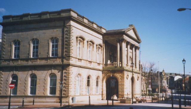Accrington Town Hall - geograph.org.uk - 202624