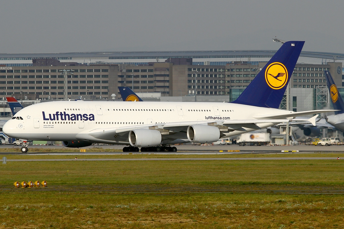 file airbus a380 841 lufthansa wikimedia commons. Black Bedroom Furniture Sets. Home Design Ideas