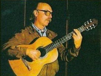 Alberto Merlo en la tapa del álbum, ''Le canto al sur'' (1982).