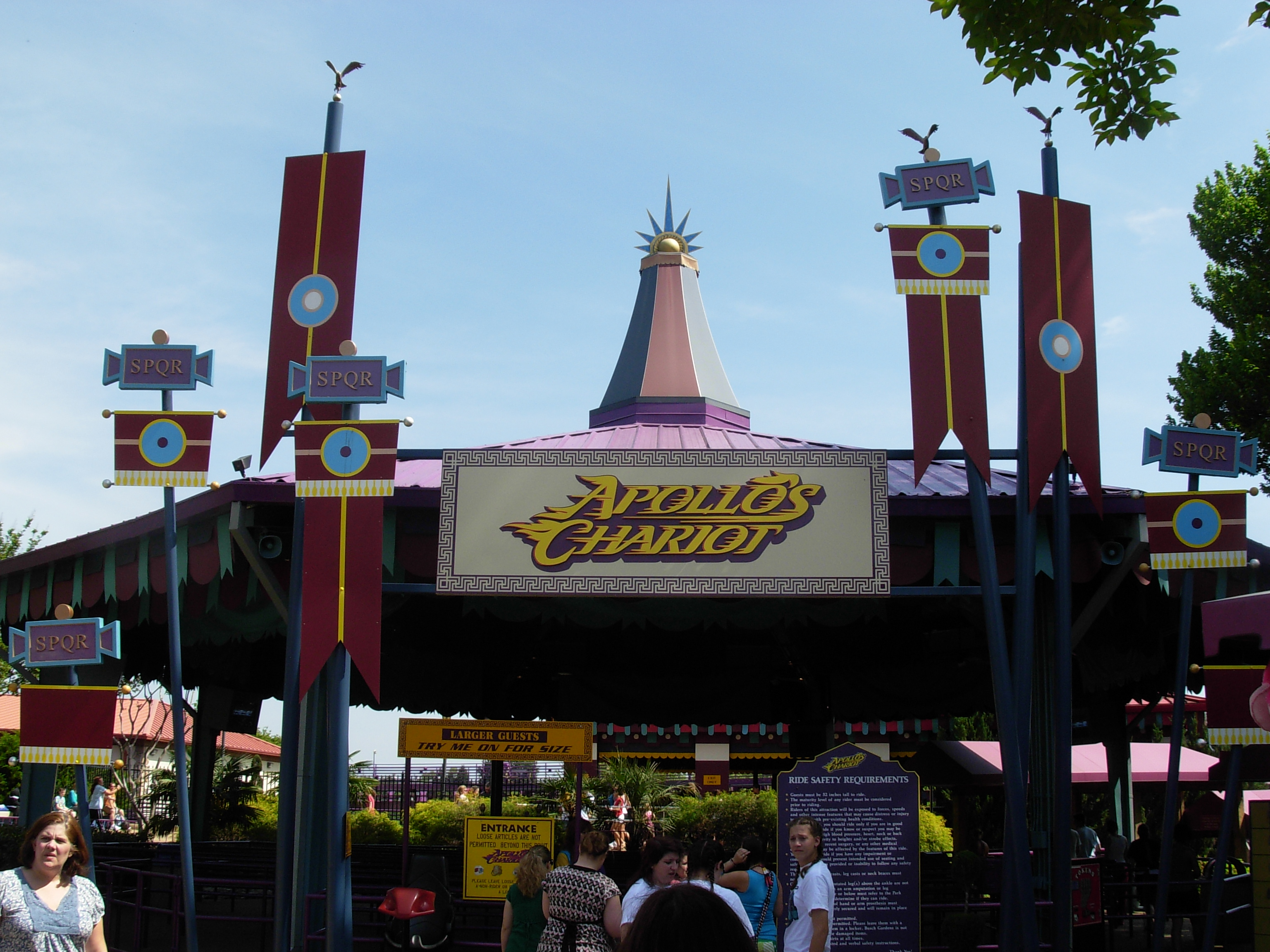 File Apollo s Chariot entrance Busch Gardens Williamsburg
