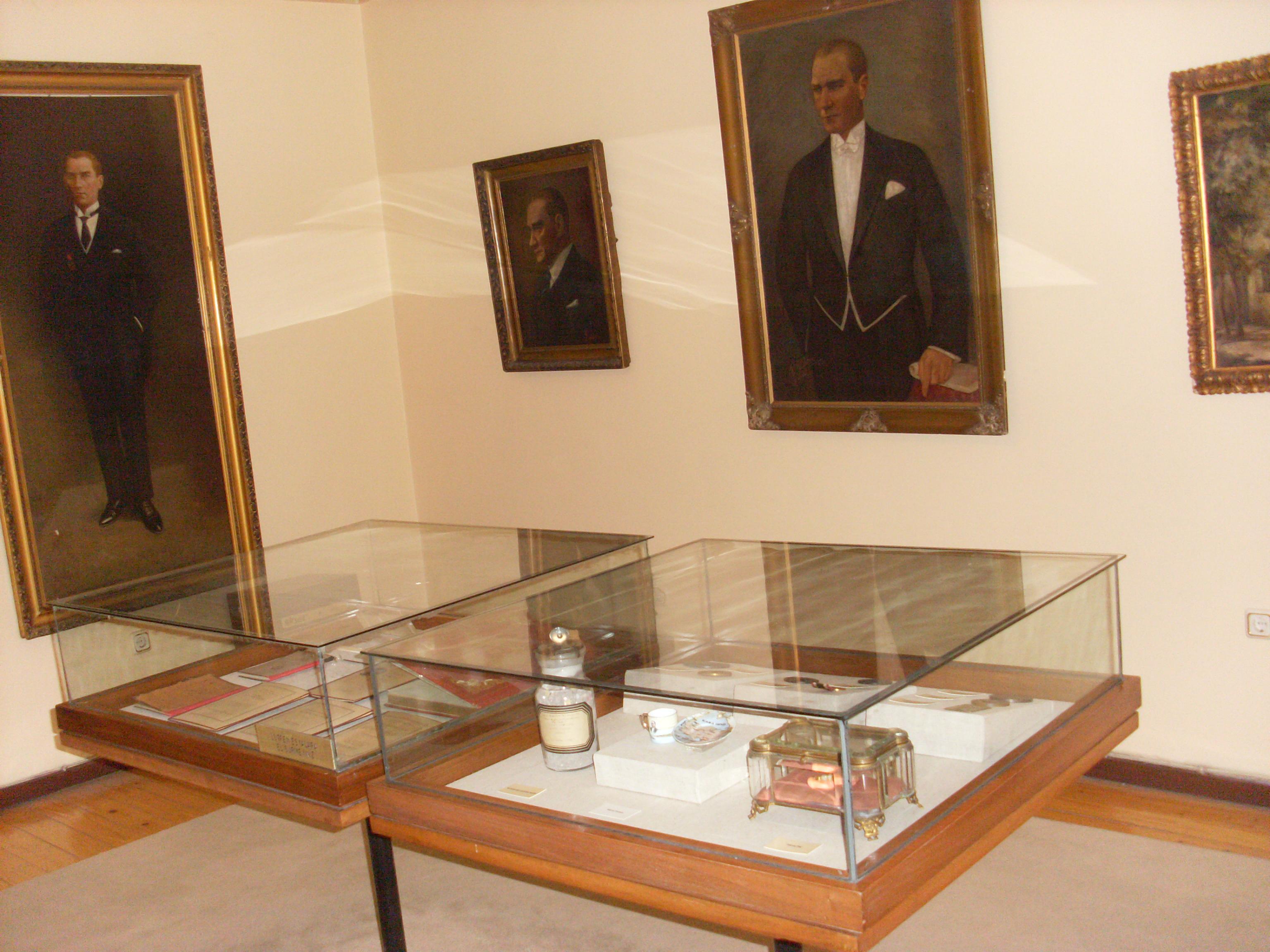 File:Atatürk Müzesi, Şişli İstanbul 10.JPG - Wikimedia Commons