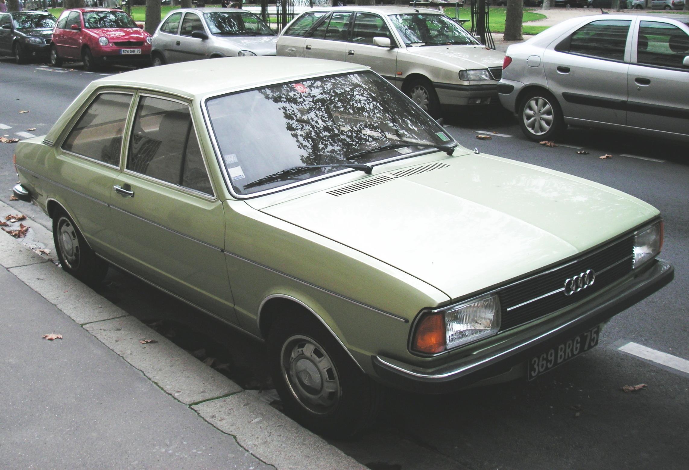 File Audi 80 V1 Restylee 2 Jpg Wikimedia Commons