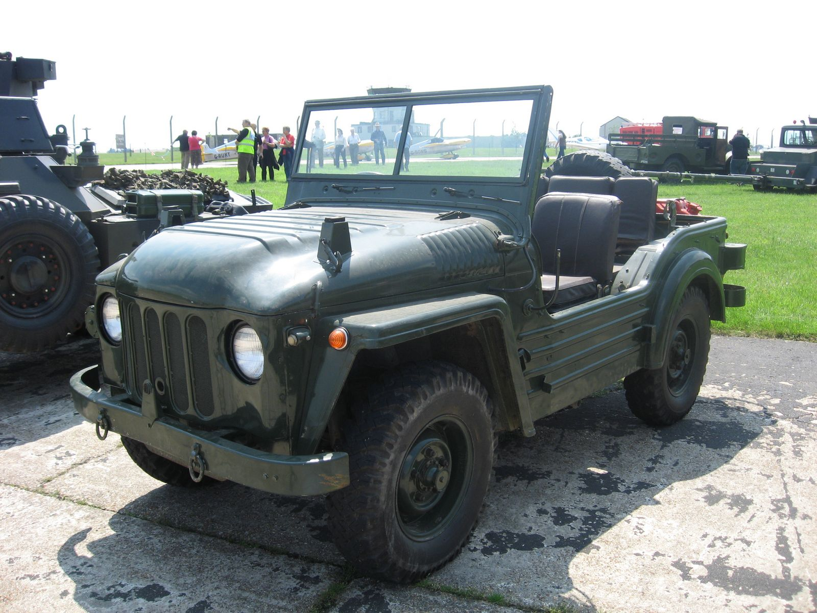 Military Jeeps For Sale >> File:Austin Champ.jpg - Wikipedia