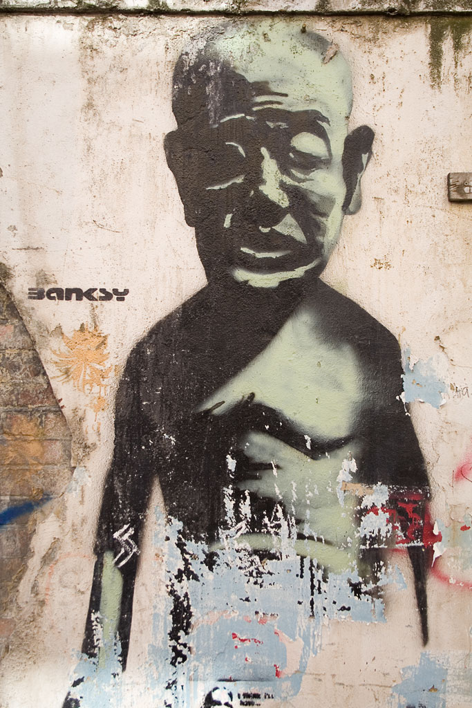 ... stencil Grimsby Street.jpg