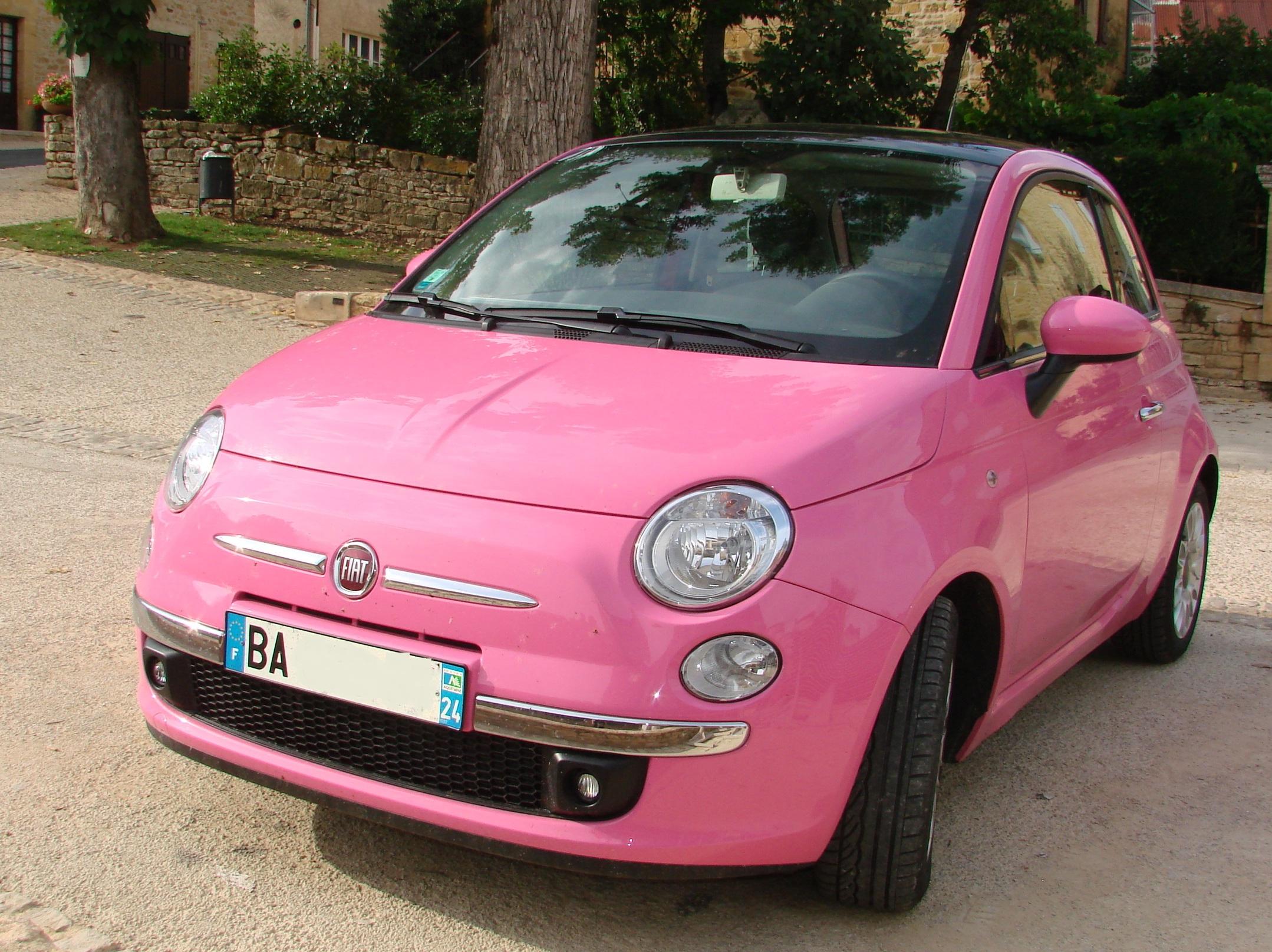 Description Barbie39;s car 2.jpg