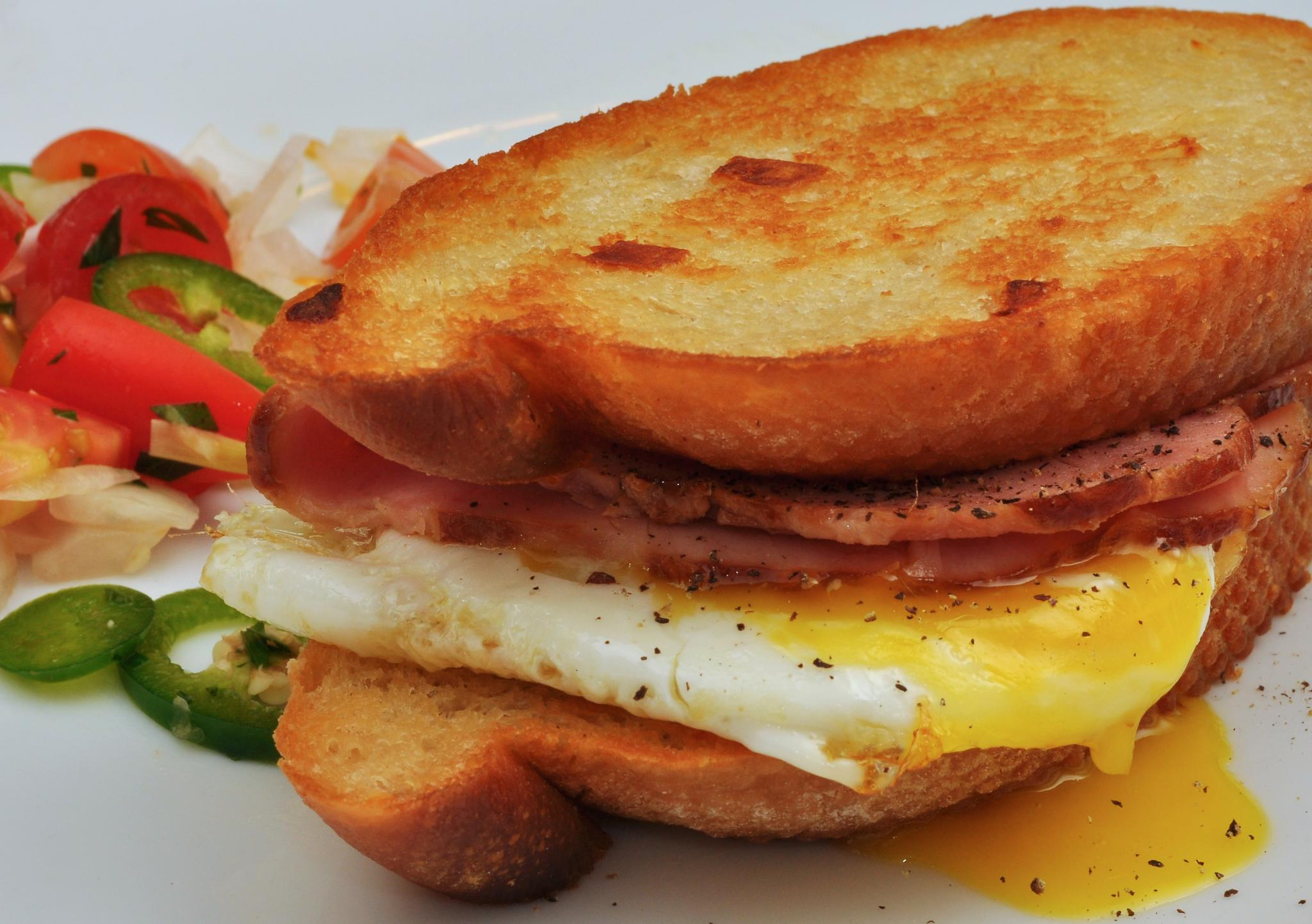 File:Breakfast sandwich.jpg - Wikimedia Commons