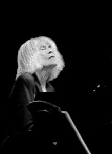 English: Crop of :Image:Carla-Bley.jpg Origina...