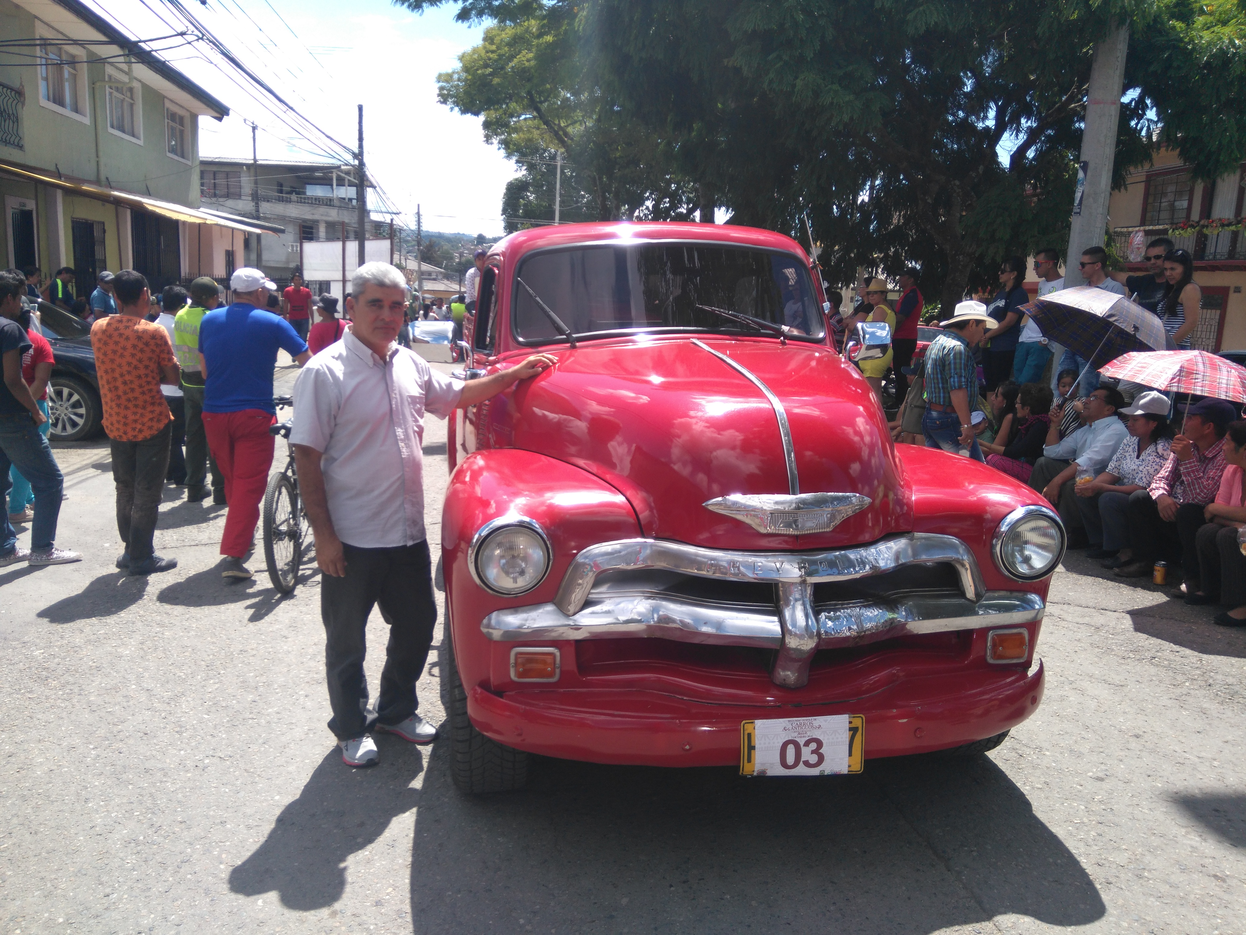 4 Viejos file:desfile de autos viejos popayán 4 - wikimedia commons