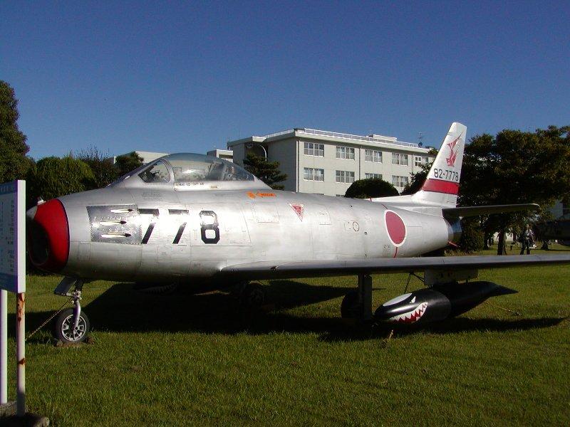 F 86 (戦闘機)の画像 p1_26