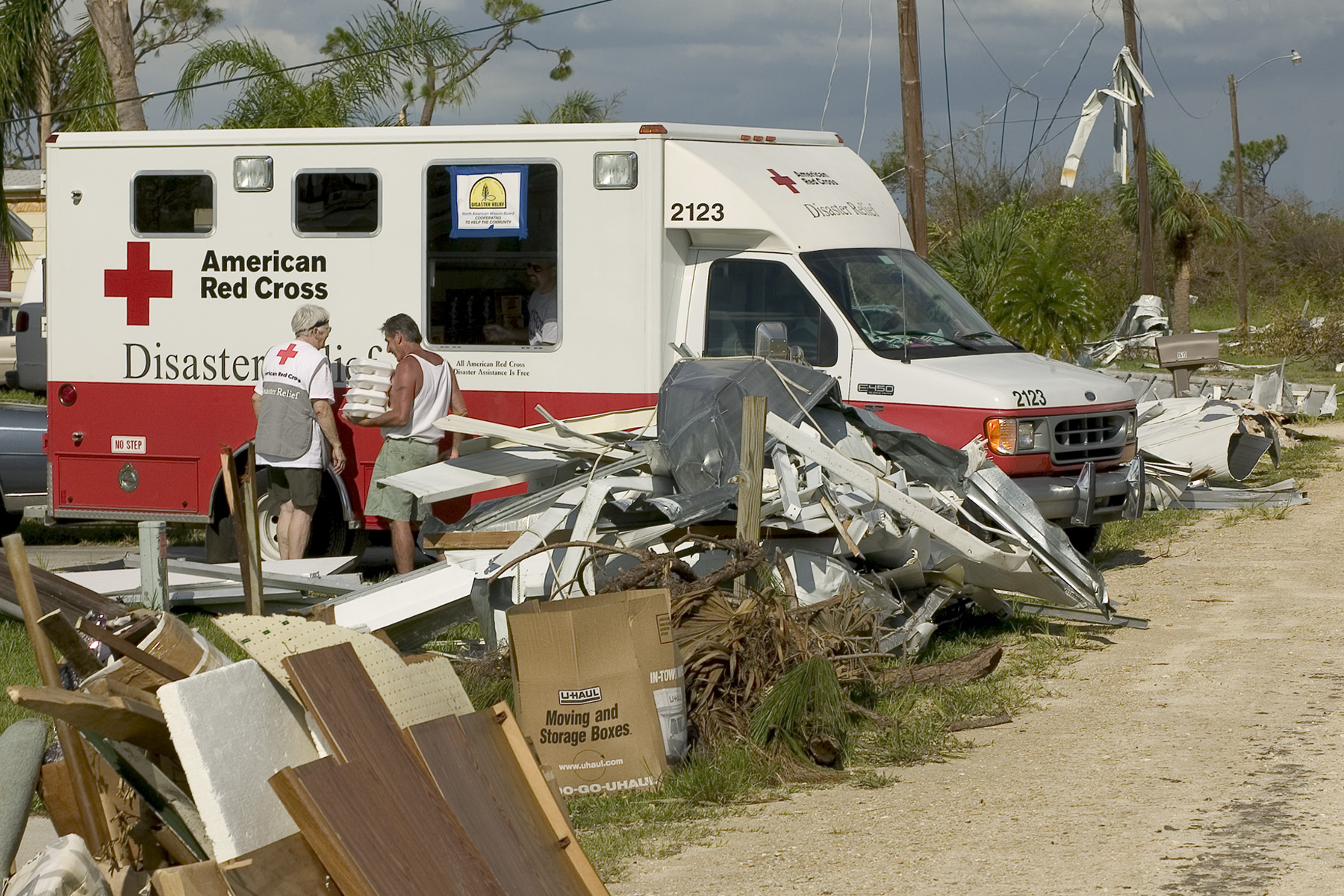 File:FEMA - 10045 - Photograph by Andrea Booher taken on 08-18-