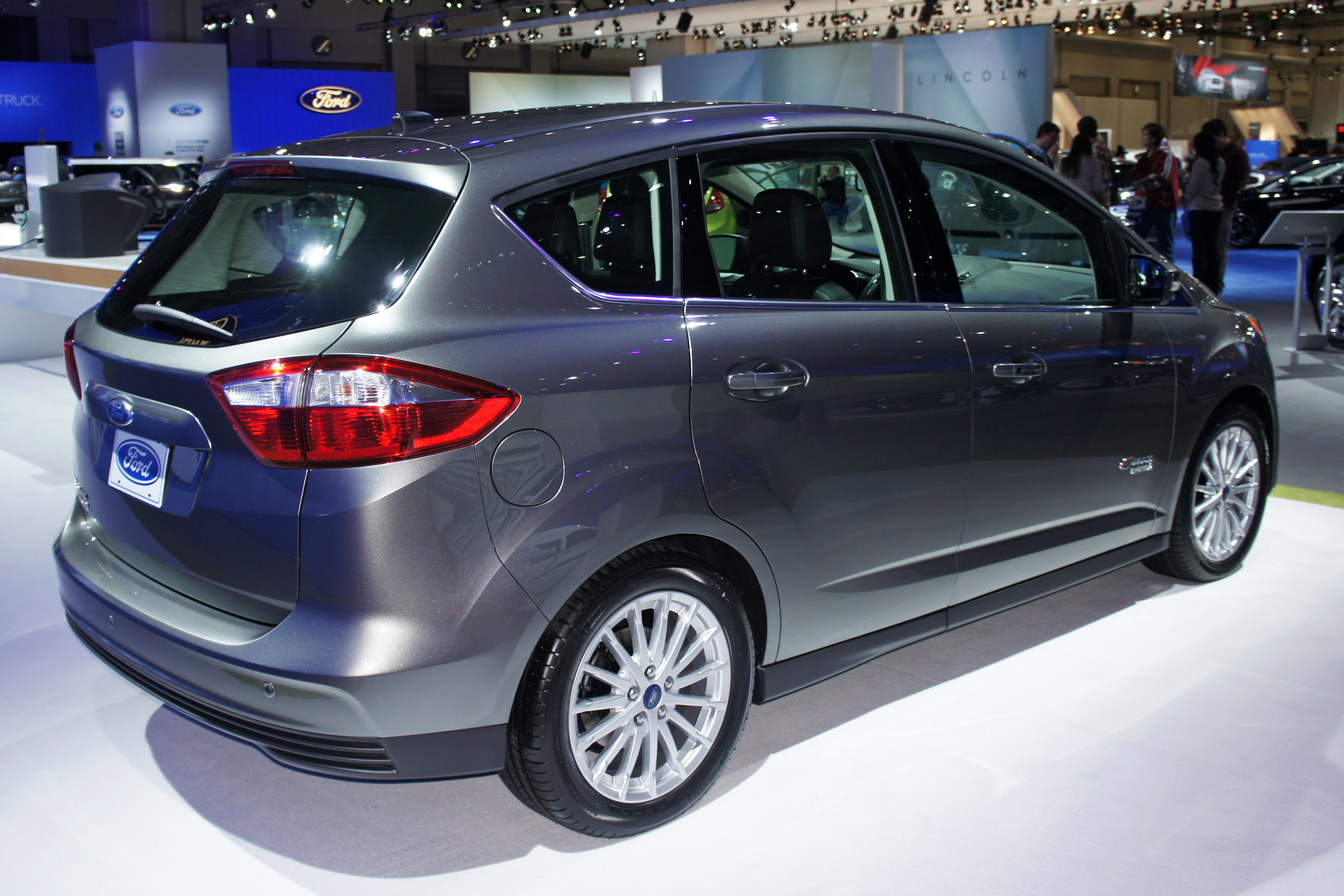 C Max Energi >> File:Ford C-Max Energi WAS 2012 0594.JPG - Wikimedia Commons