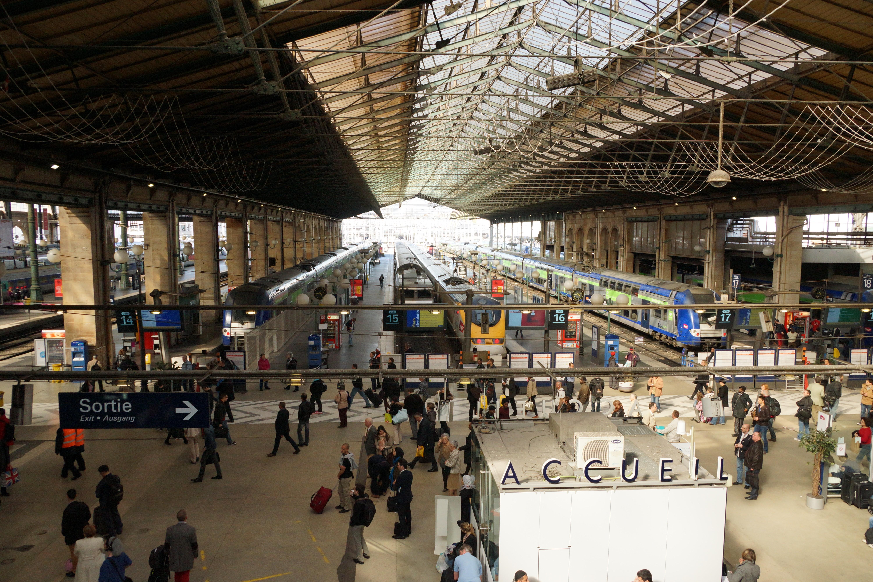 Gare paris 9 for Agence avis gare du nord