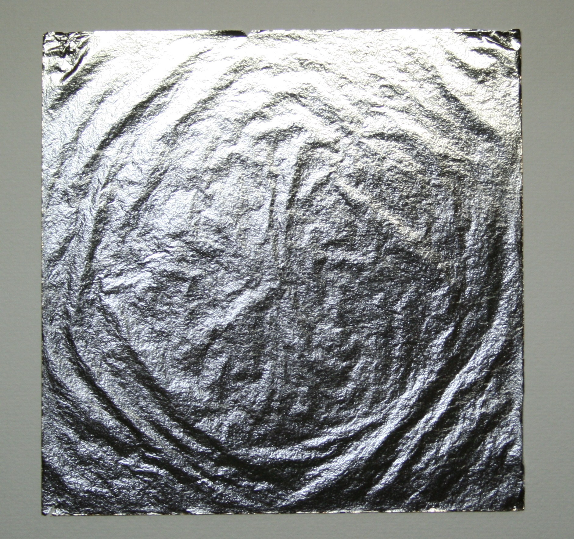 Description Genuine silver leaf.JPG