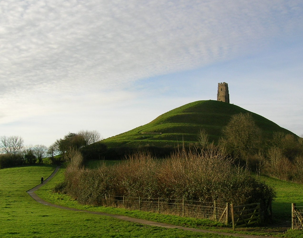 Description glastonbury tor, early morning