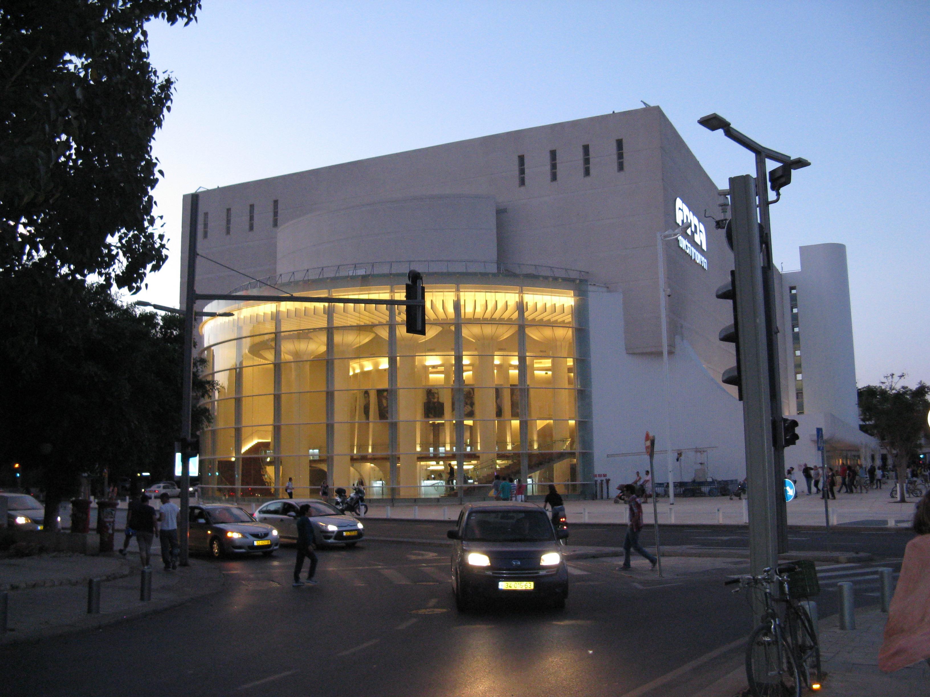После привлечения меценатов в проект реконструкции театра на Андреевском спуске были внесены изменения, - глава аппарата КГГА Бондаренко - Цензор.НЕТ 3217