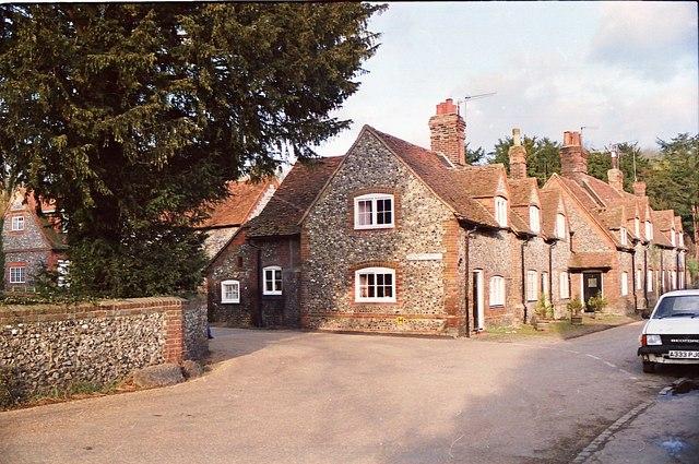 File:Hambleden, Oxfordshire - geograph.org.uk - 1150036.jpg