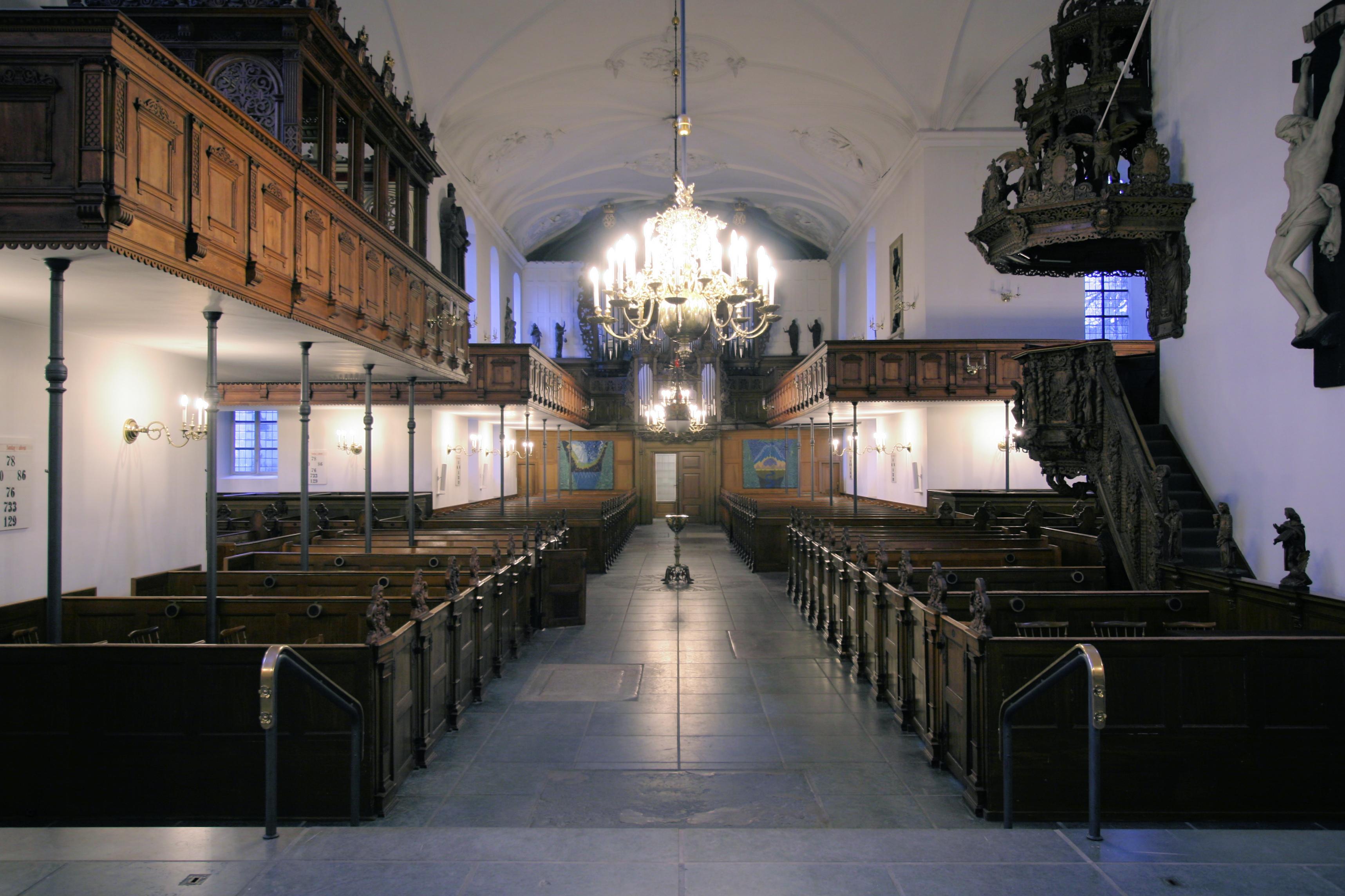 File:Holmens Kirke Copenhagen interior from altar.jpg - Wikimedia Commons