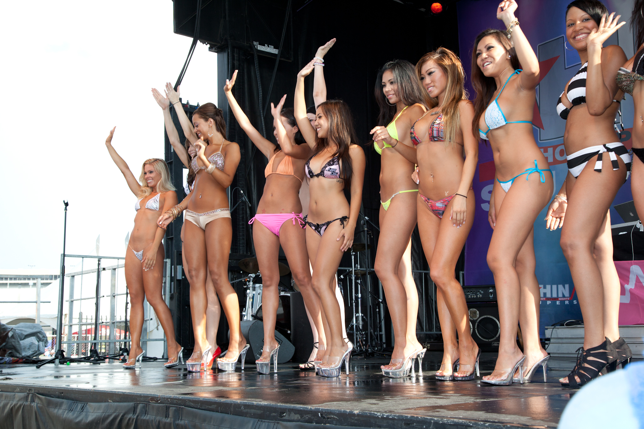 Free bikini contest galleries — img 1
