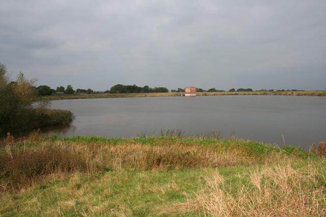 Hurleston Reservoir - geograph.org.uk - 853528