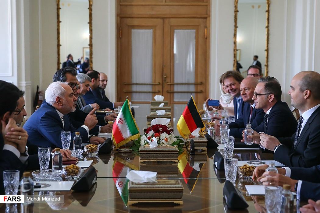 Iran's FM Javad Zarif Meets German FM Heiko Maas 08.jpg