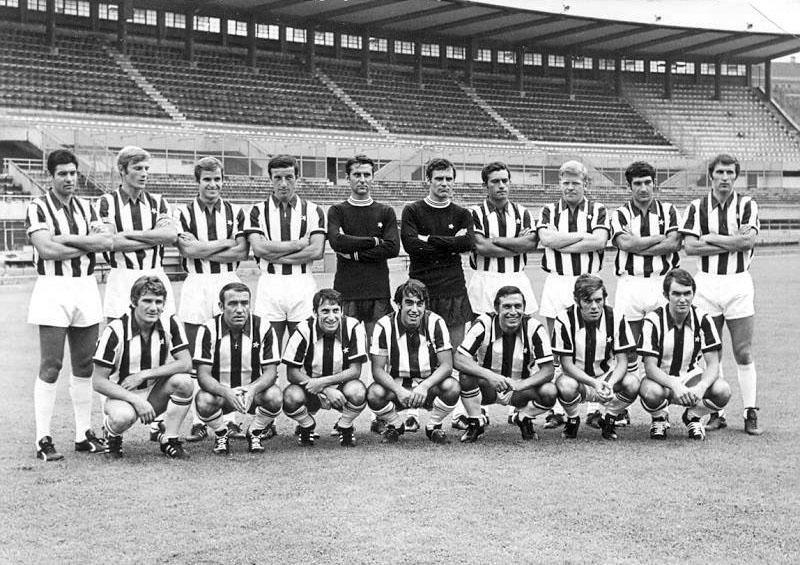 File:Juventus Football Club 1969-1970.jpg - Wikimedia Commons