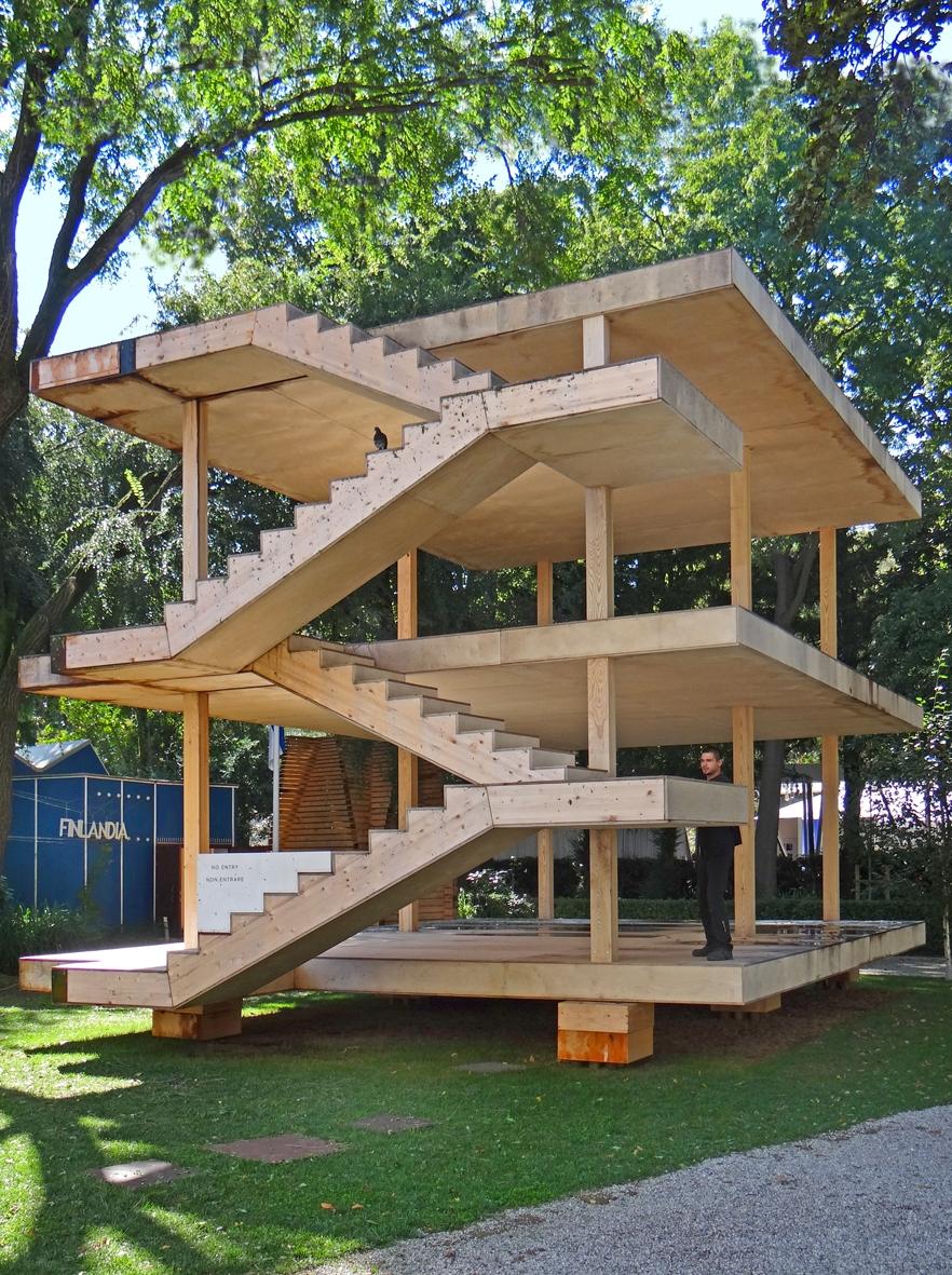 File la maison dom ino de le corbusier biennale d for Architecture de maison