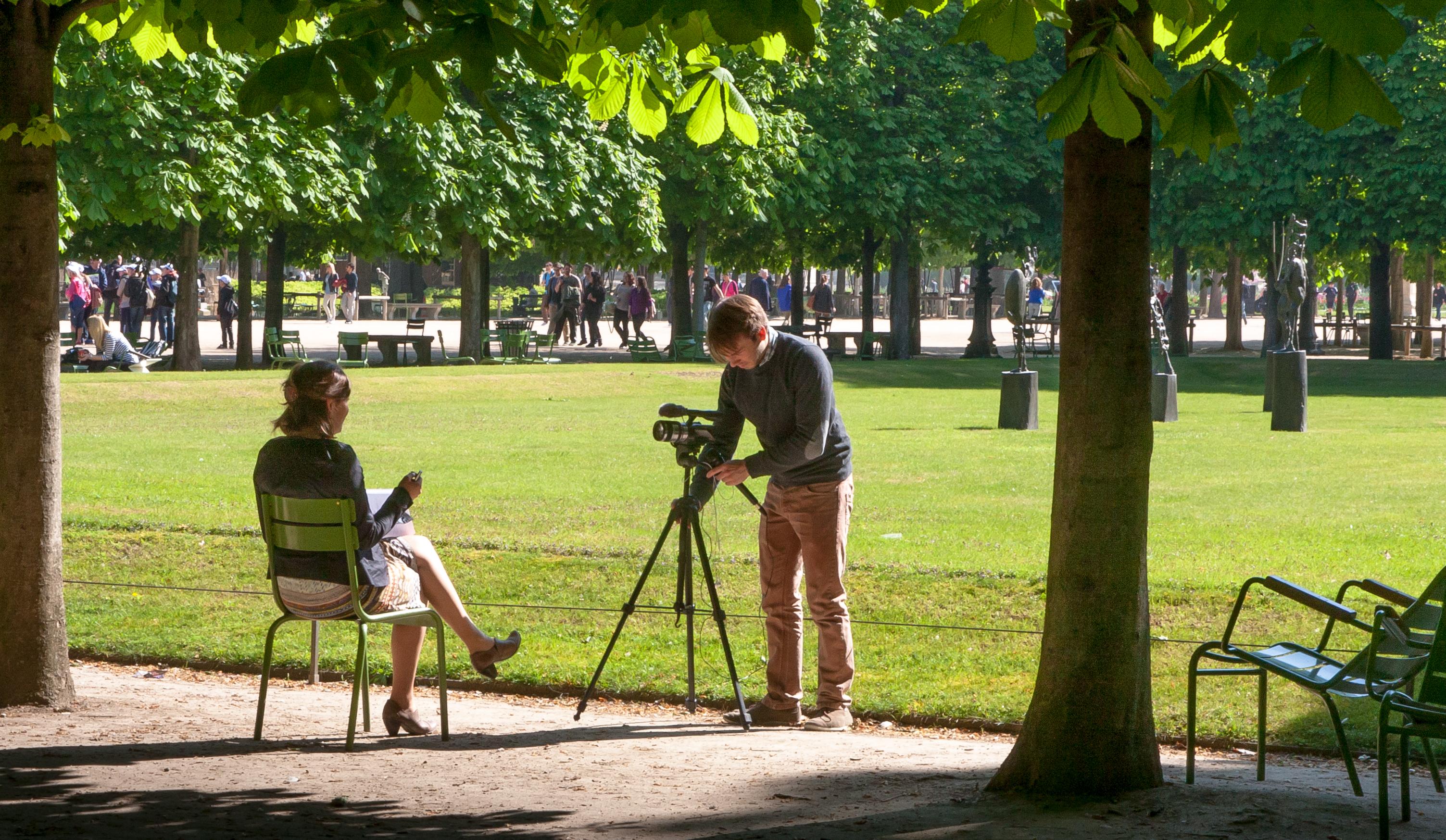 File La séance photo Jardins des Tuileries Paris Wikimedia