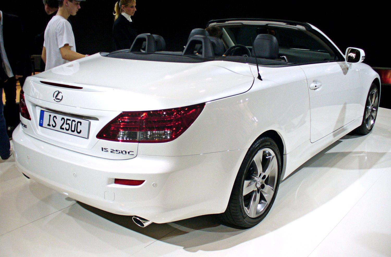 File:Lexus IS 250C Heck.JPG
