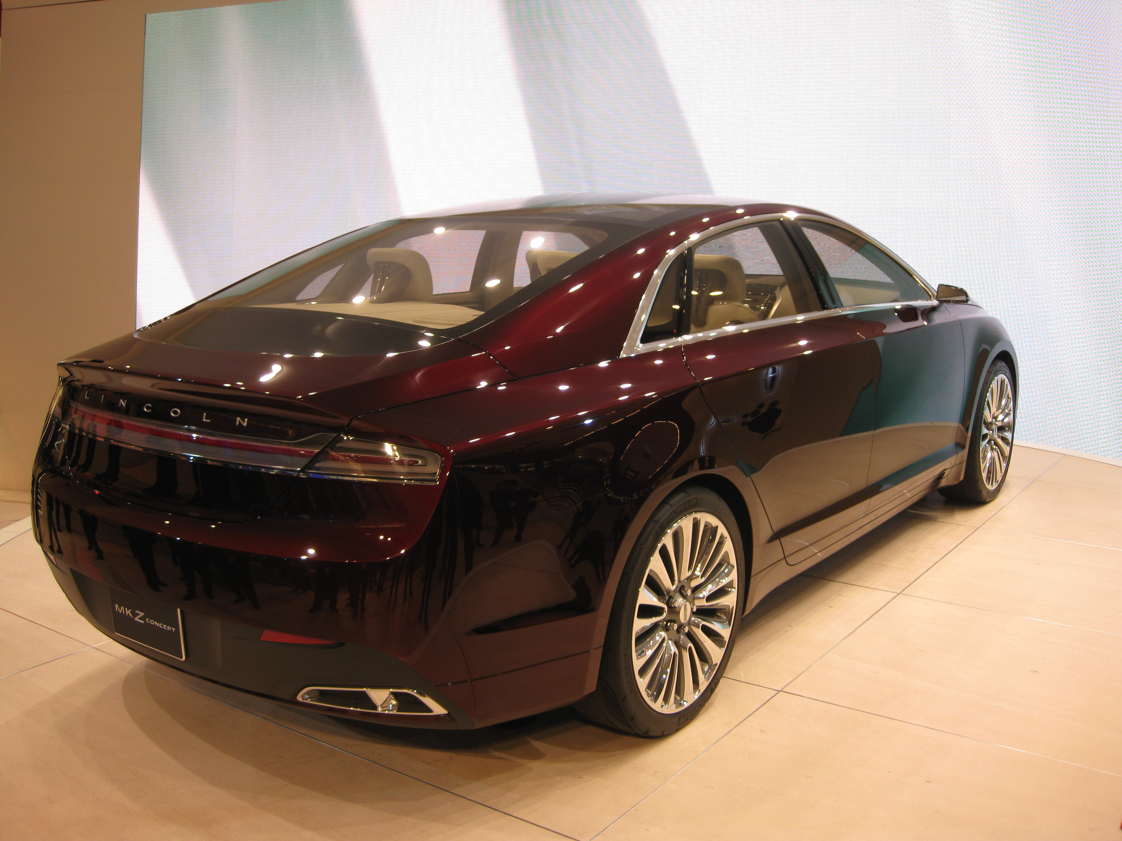 file lincoln mkz concept at naias 2012 6679771293 jpg wikimedia commons. Black Bedroom Furniture Sets. Home Design Ideas