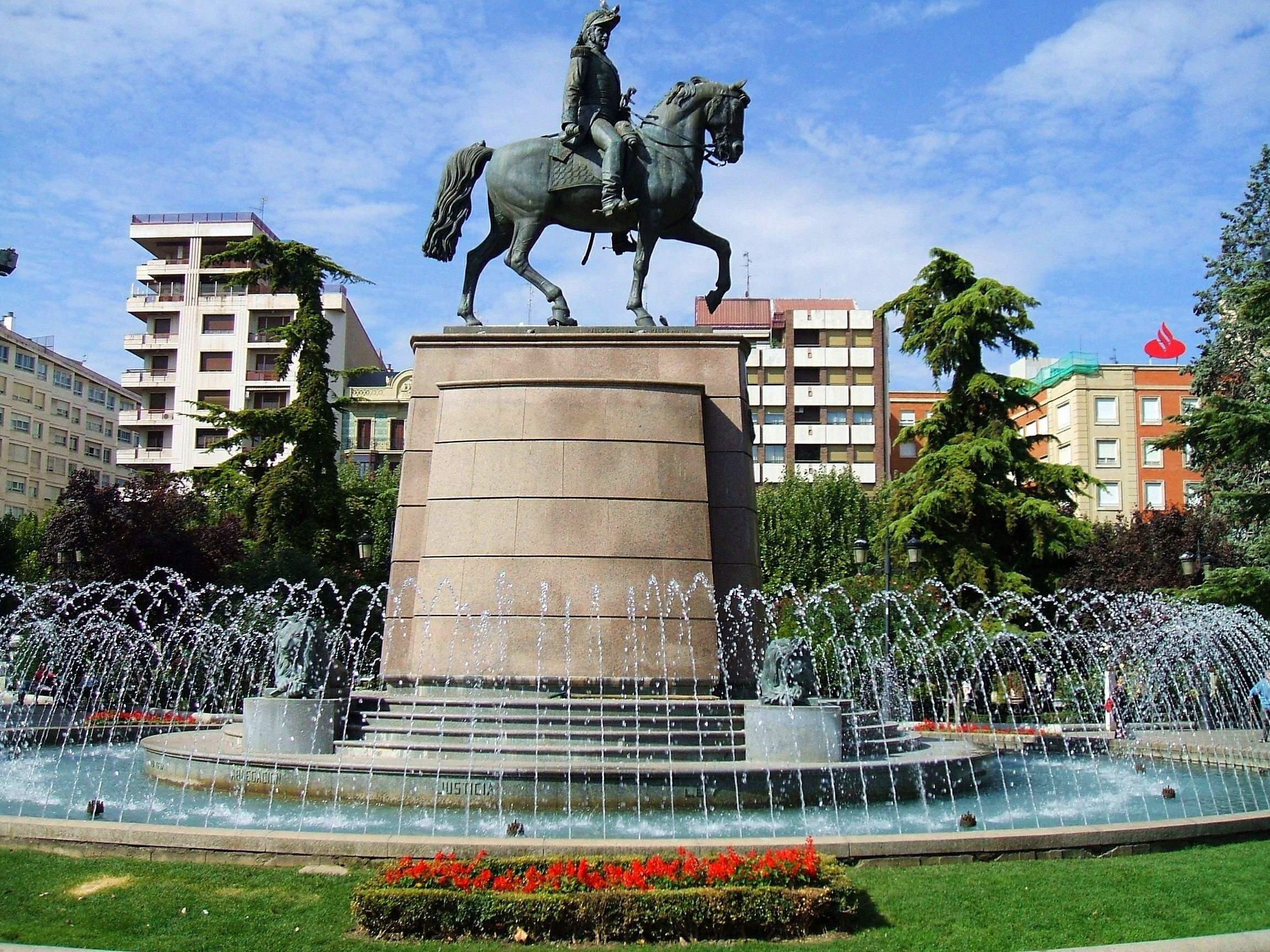 Archivo:Logroño - Monumento a Espartero1.JPG - Wikipedia, la ...