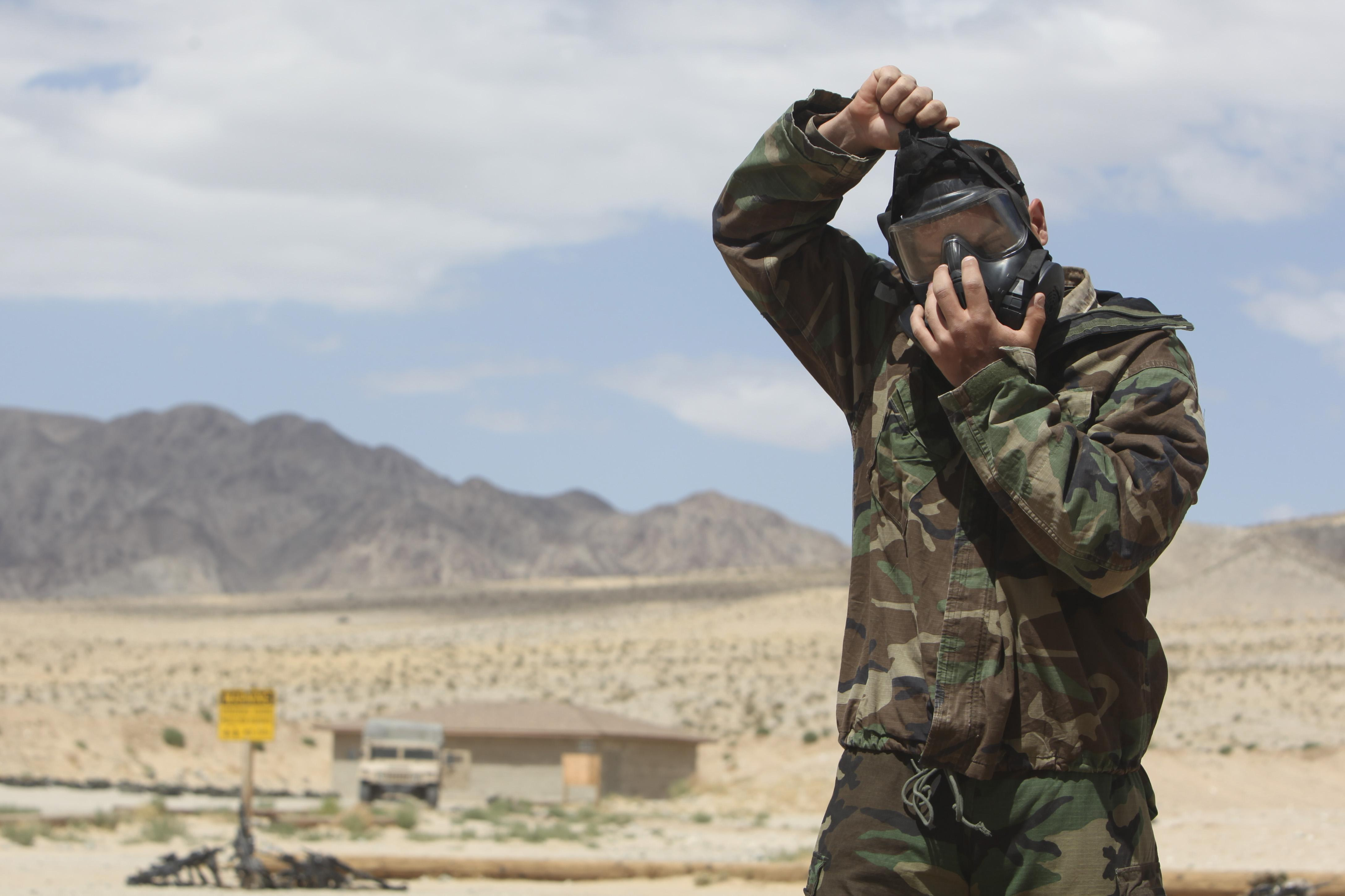 File:M50 gas mask and MOPP suit training 110525-M-KX613-038 jpg