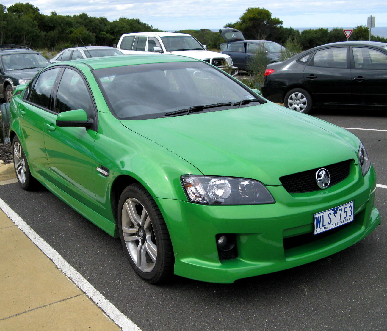 how to jump start a ve commodore