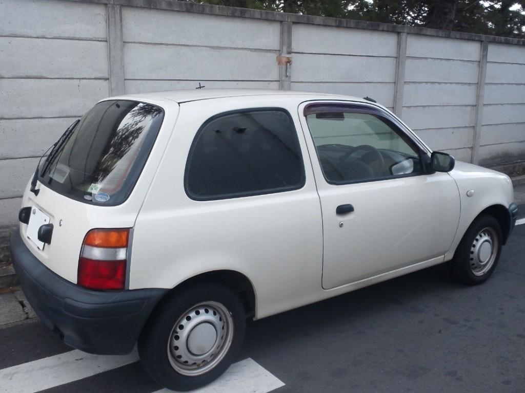 File Muji Car 1000 Rear Side Jpg Wikimedia Commons