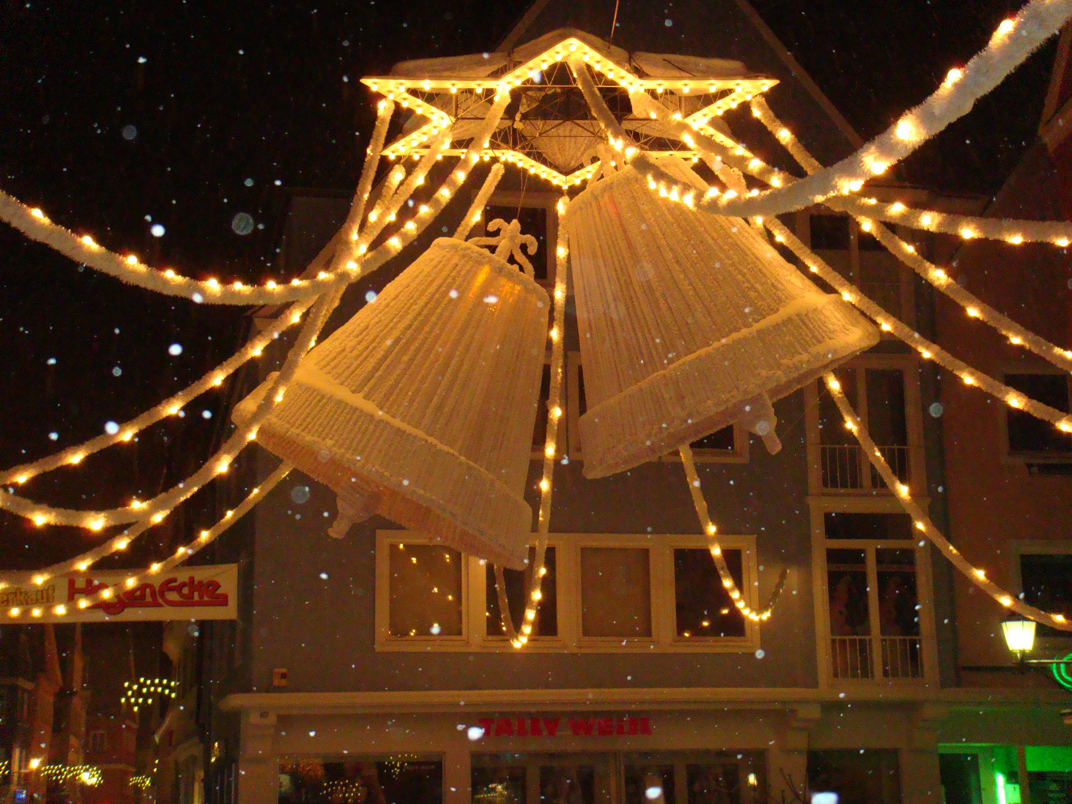 Datei:Memminger Weihnachtsglocken.JPG – Wikipedia